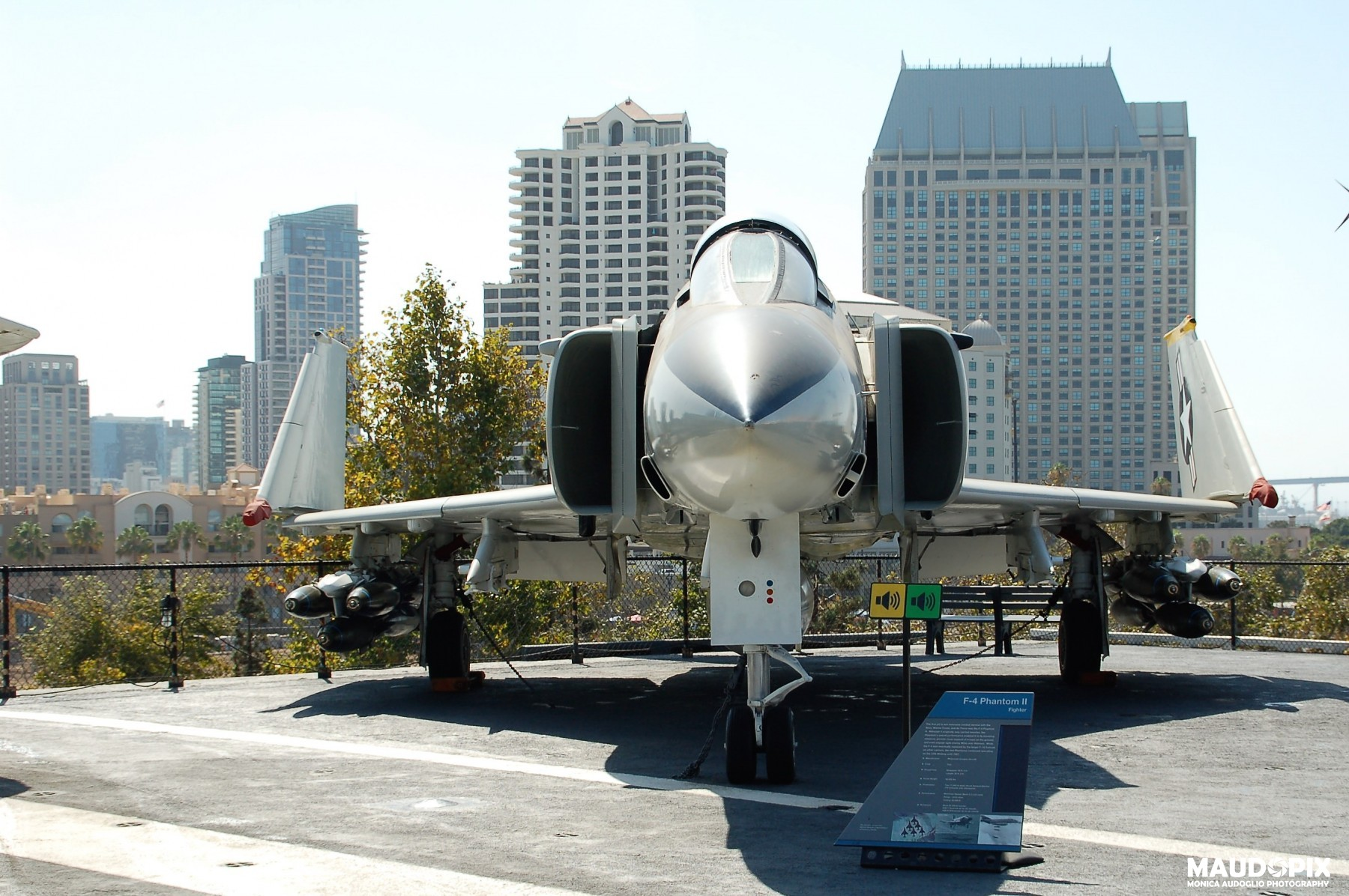 MIDWAY01